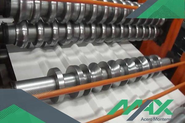 Los perfiles de lámina acanalada son variados en diseño y usos. ¡Somos fabricantes de láminas! Tenemos envíos a toda la república mexicana.